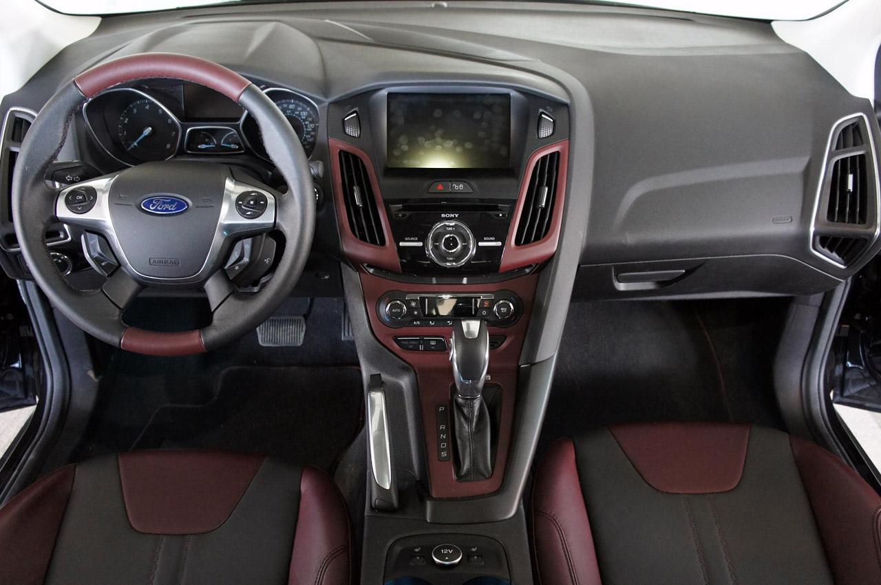 новий Форд Фокус Седан тест-драйв