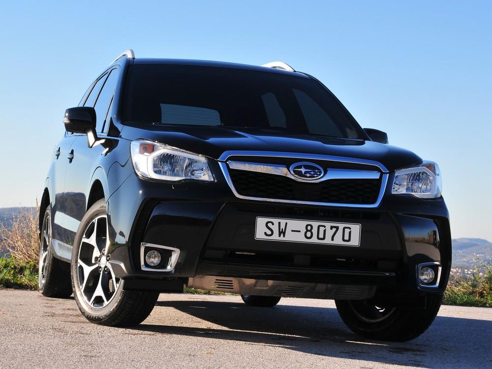 Subaru_Forester_фото_2013