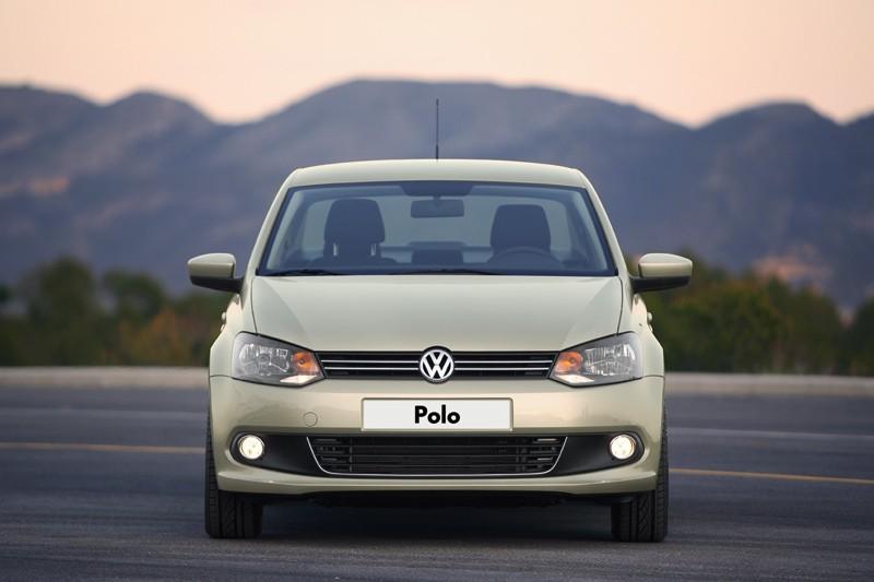 Volkswagen_Polo_фото_2013