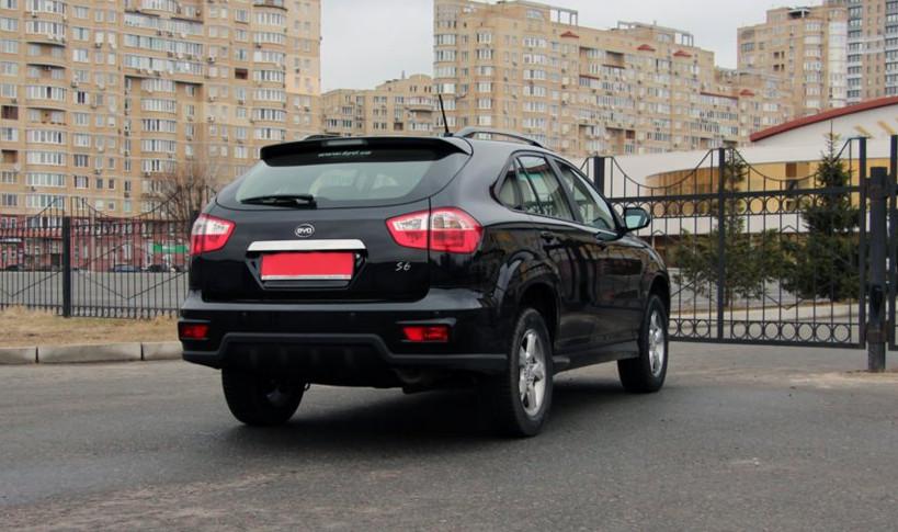 Автомобіль-BYD S6-фото