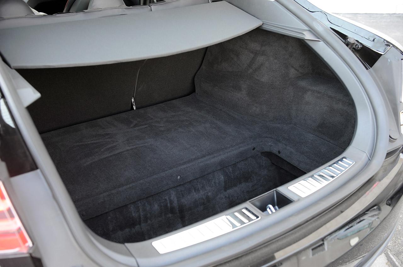 Задній багажник Тесла Модель S