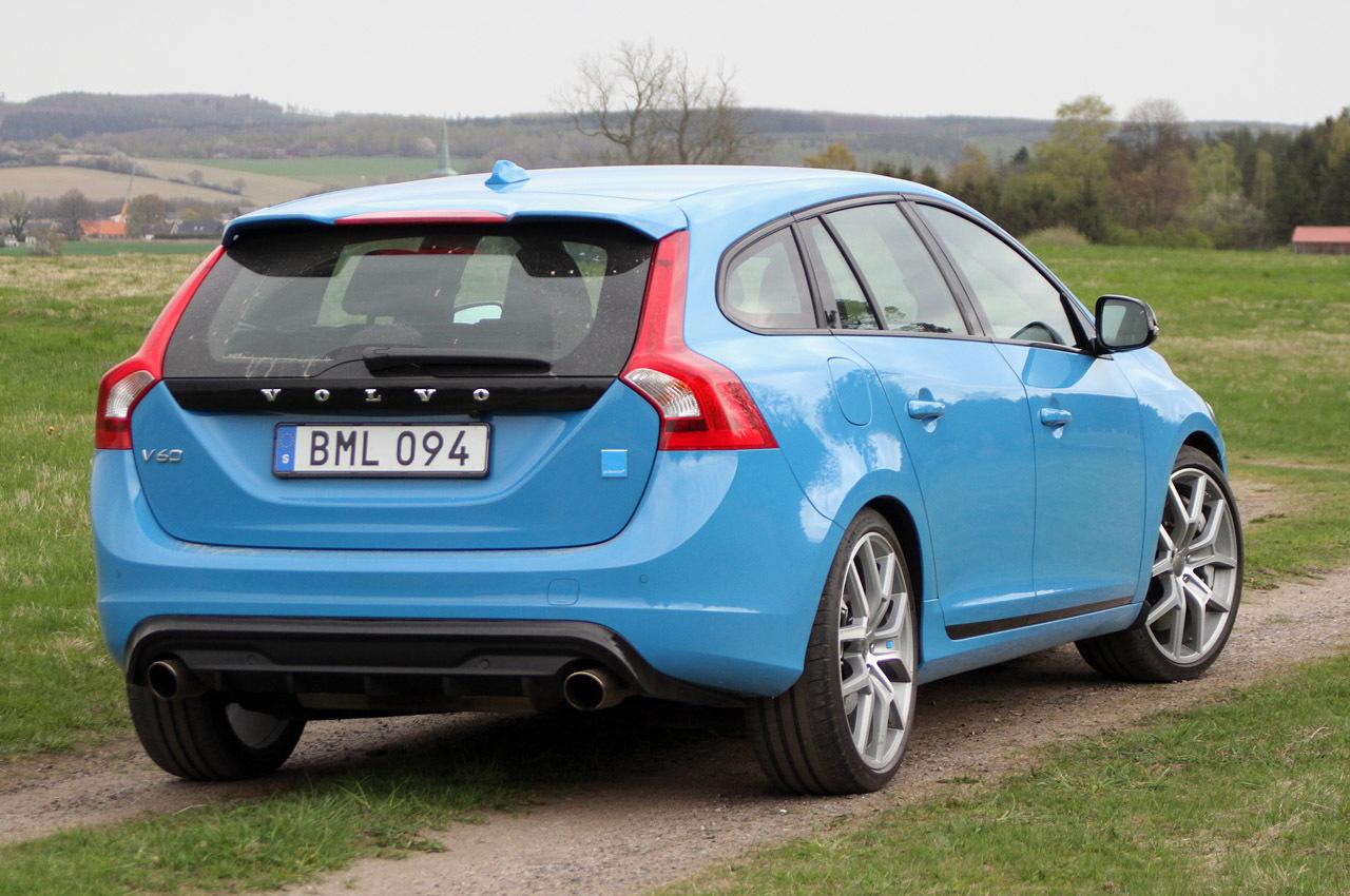 Новий Volvo v60