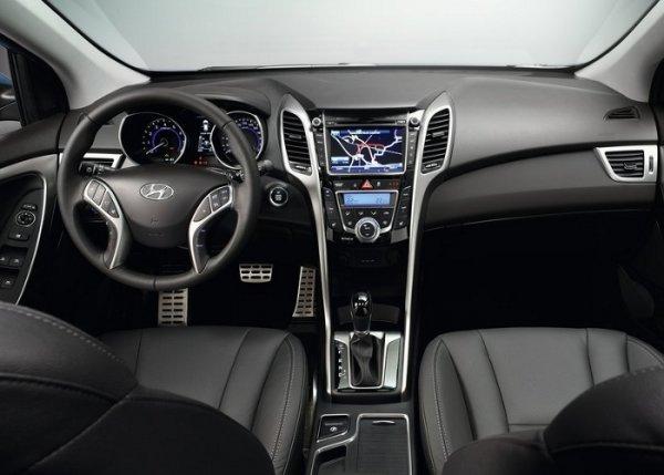 Салон Hyundai i30 фото