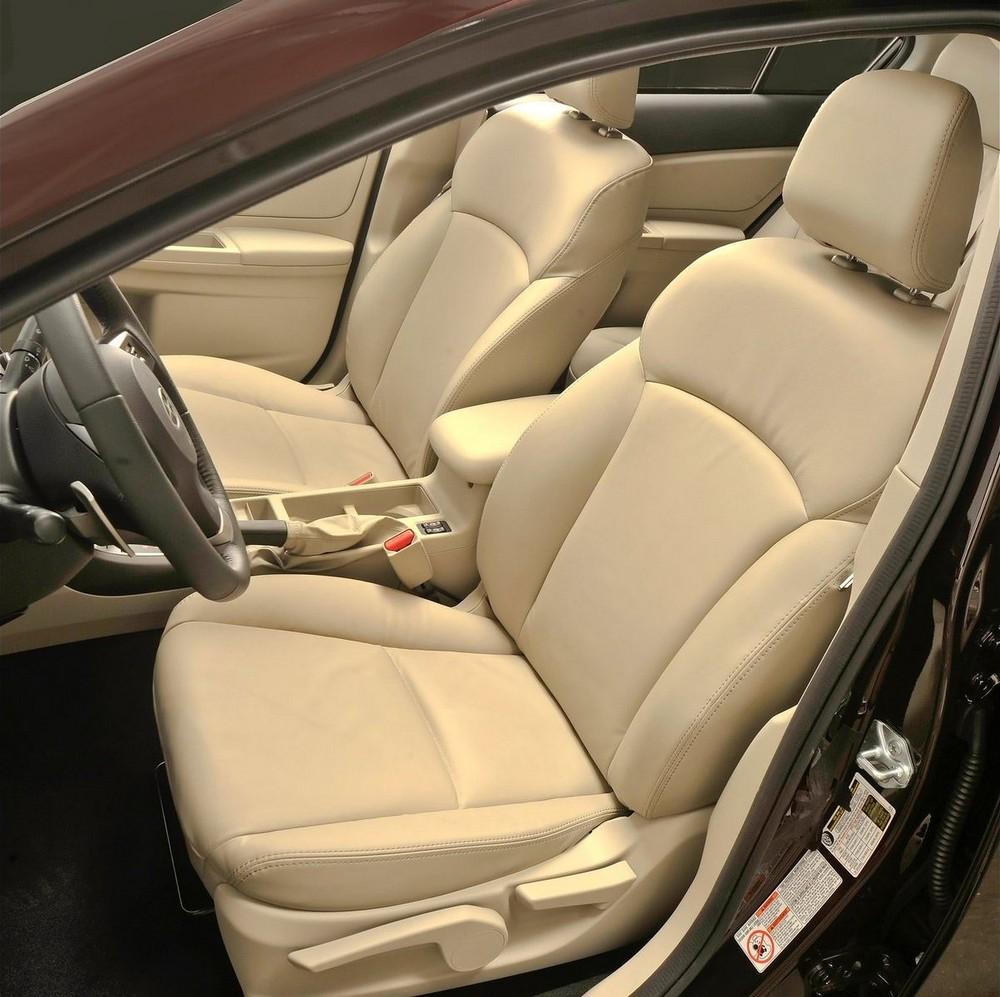 Салон Subaru Impreza фото