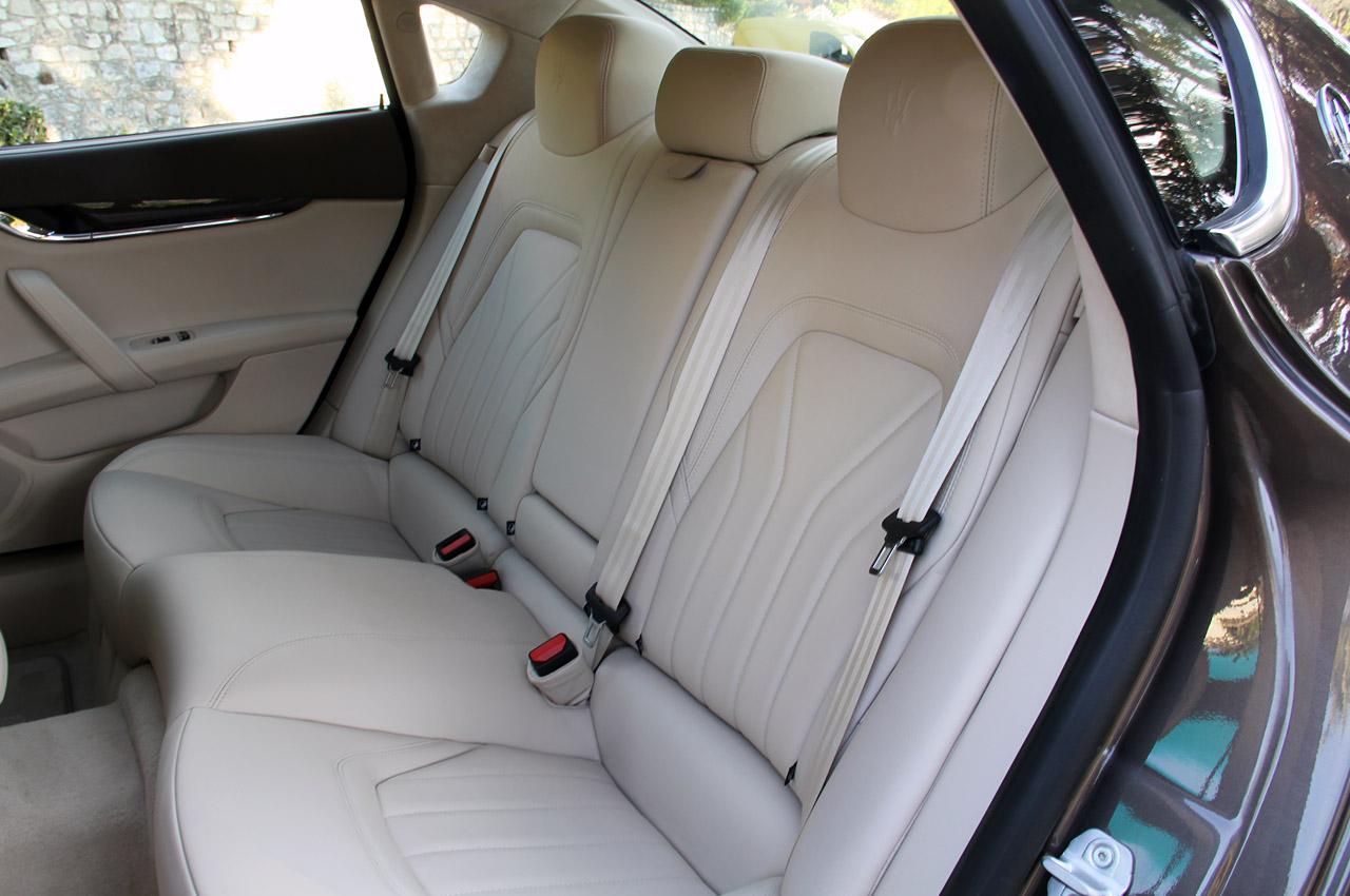 Фото Maserati Quattroporte сидіння