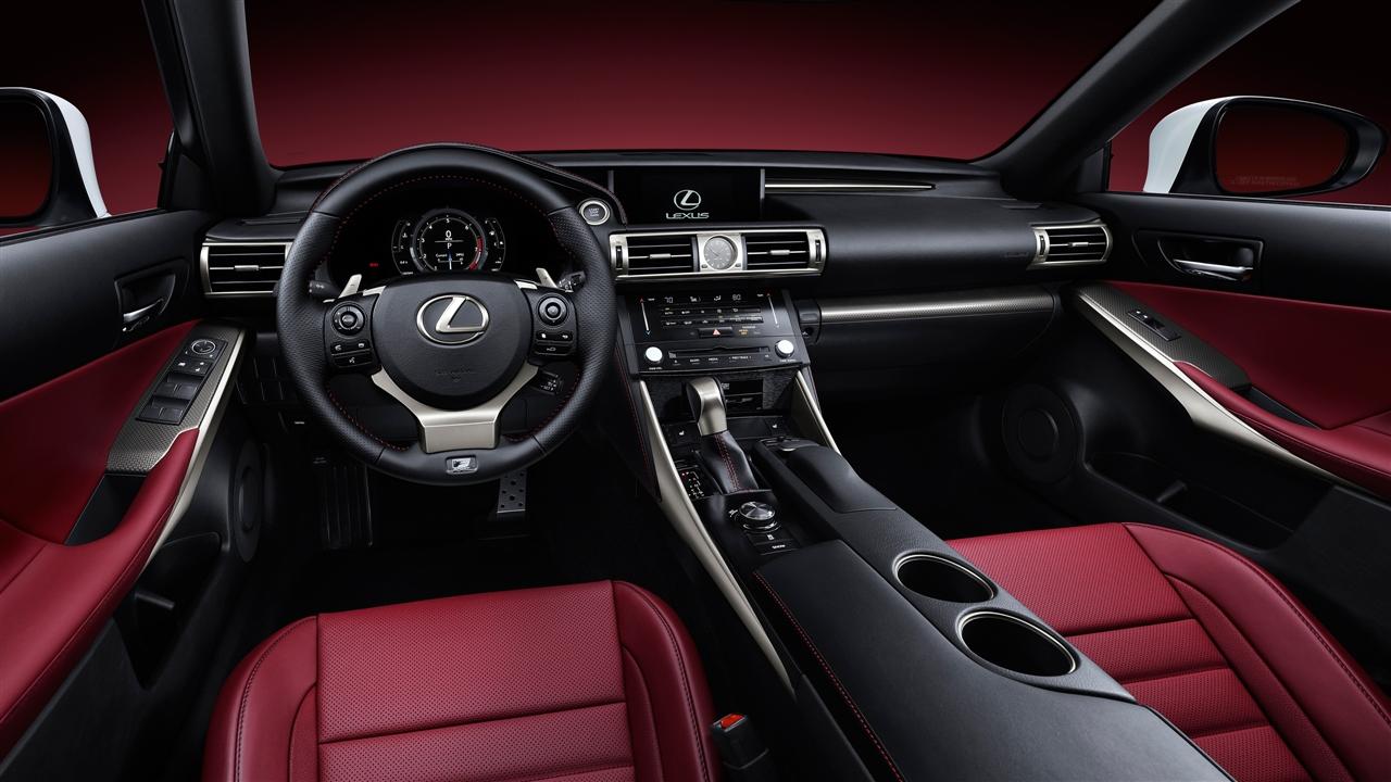 Центральна_консоль_Lexus_IS_фото_2013