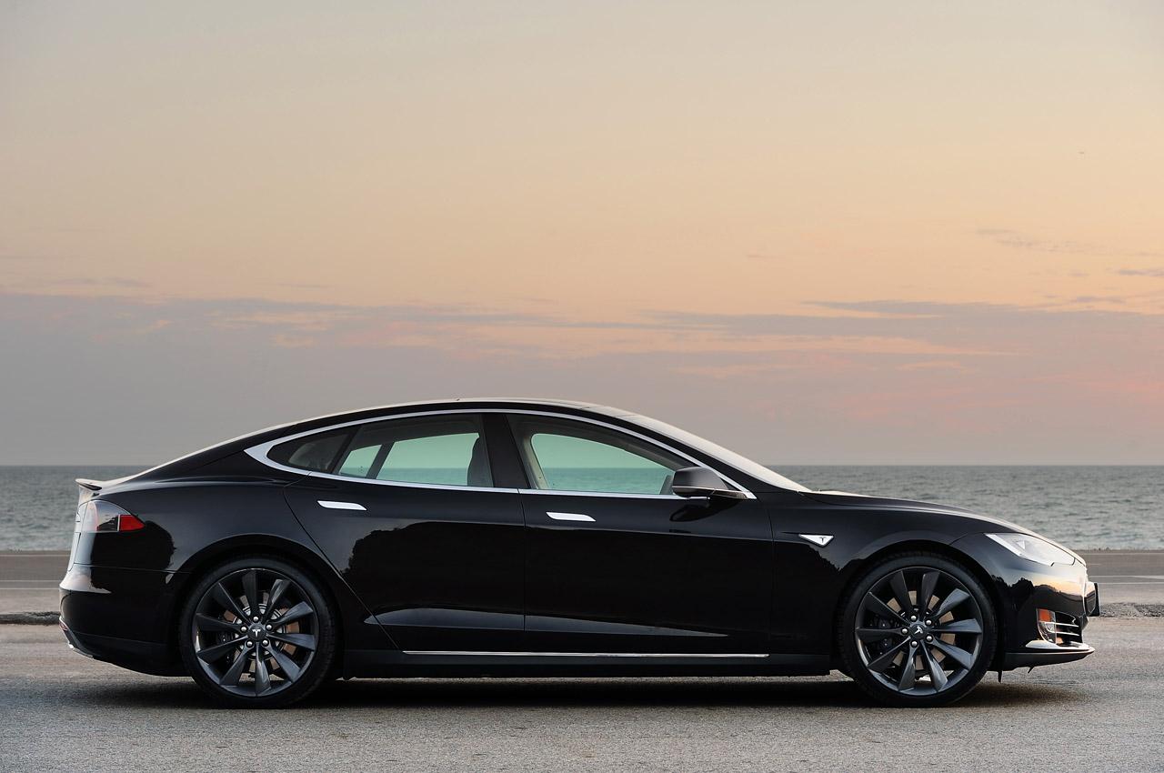 купити Tesla Model S