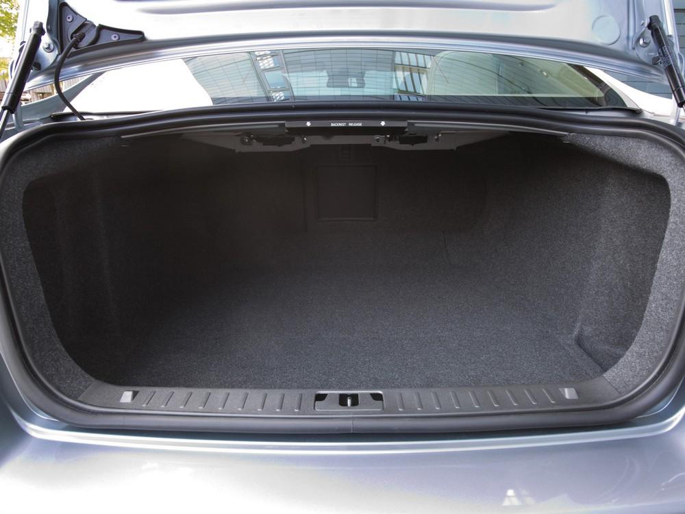 фото Volvo S80 багажник