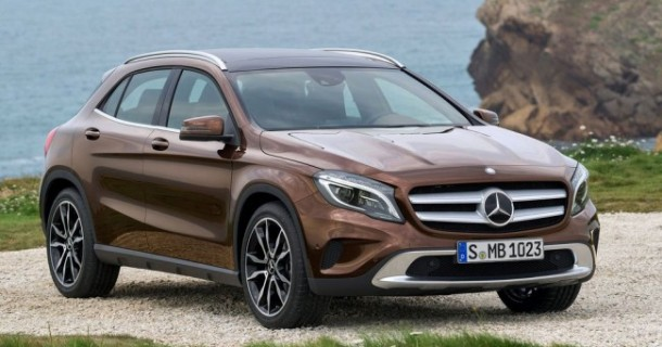 Mercedes-Benz_GLA_2013