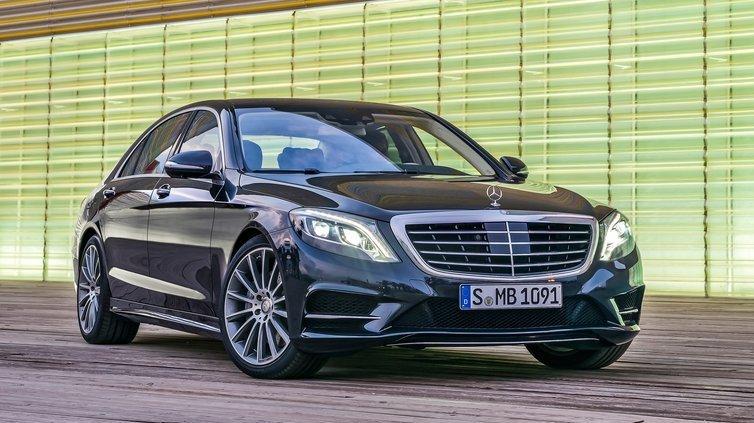 Mercedes_S-Class_фото_2013