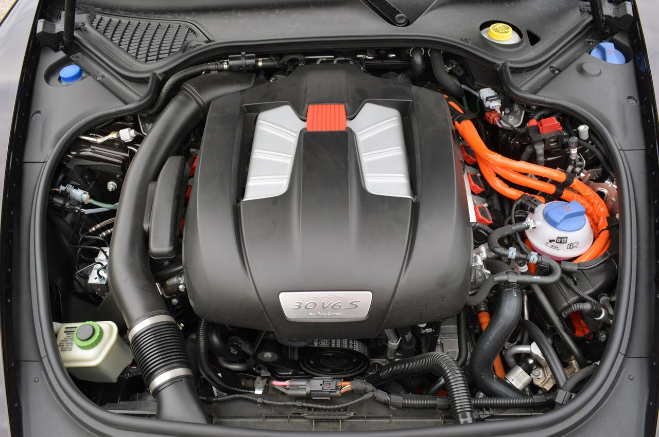 Двигун Porsche Panamera S E-Hybrid