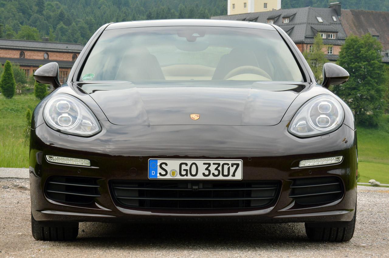 Фото Porsche Panamera 2014