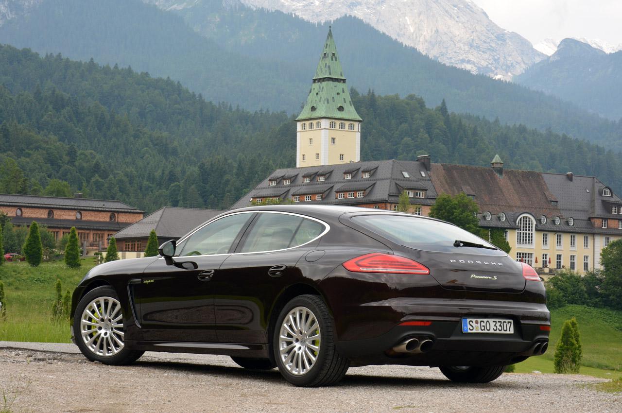 Ціна Porsche Panamera