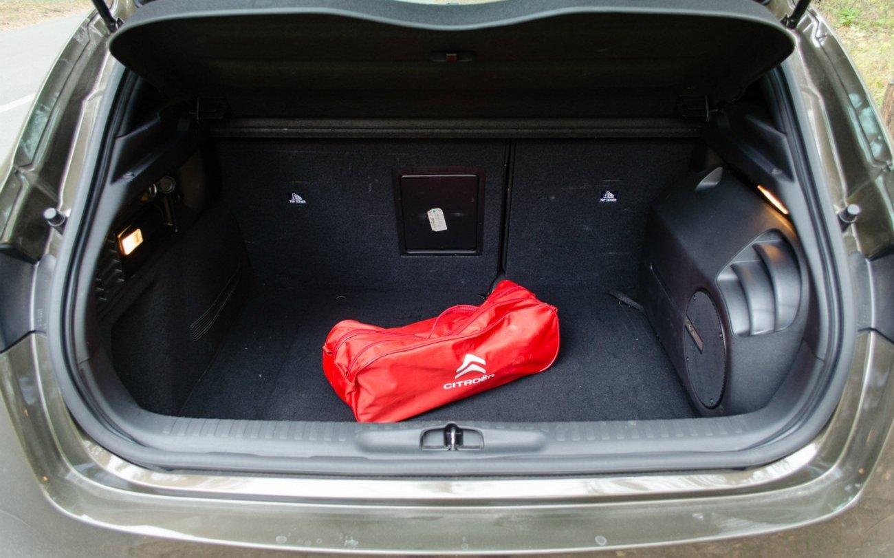 фото Citroen DS4 багажник