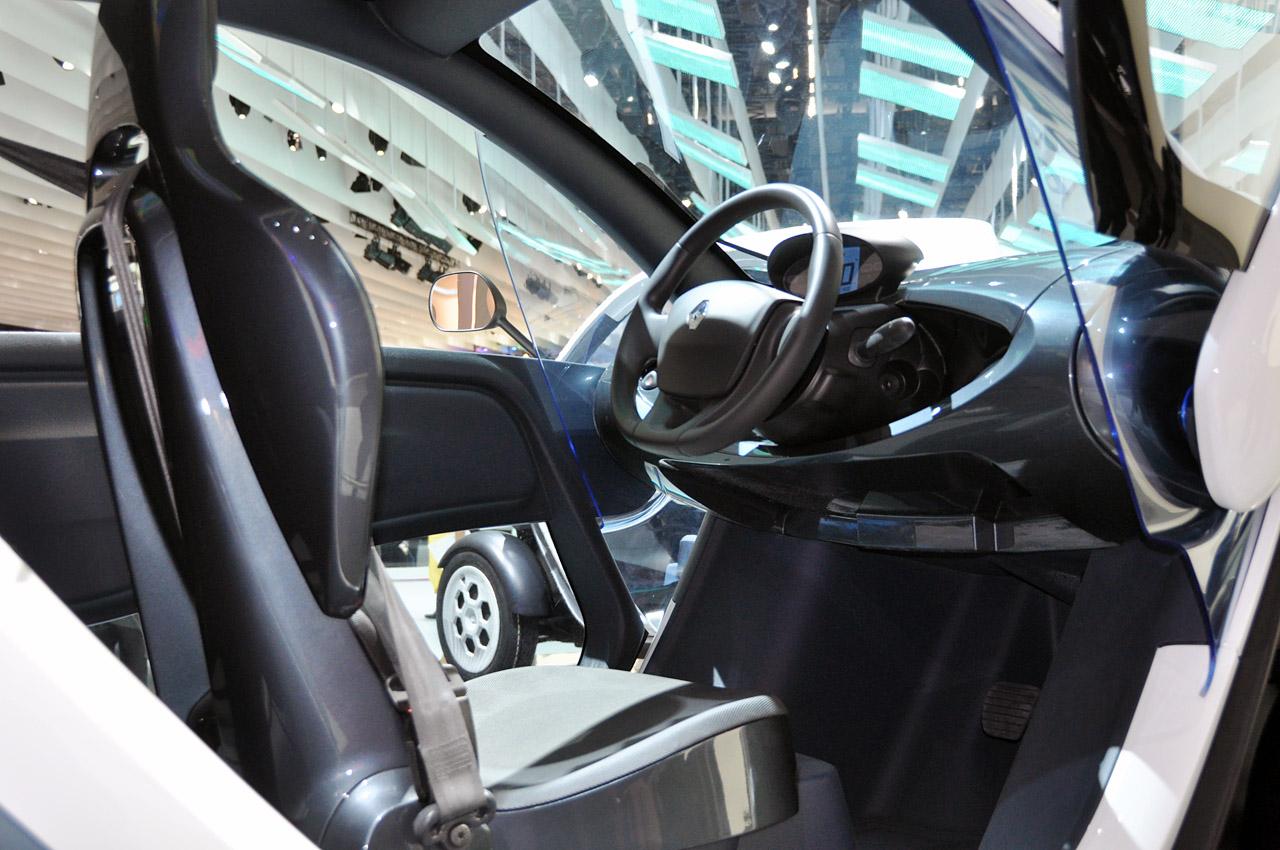 фото Renault Twizy салон