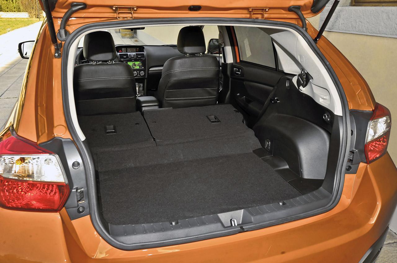 Subaru XV - багажник