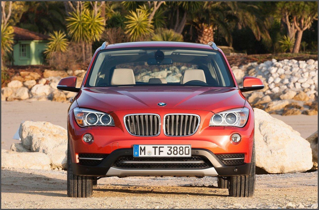 Авто_BMW_X1_фото