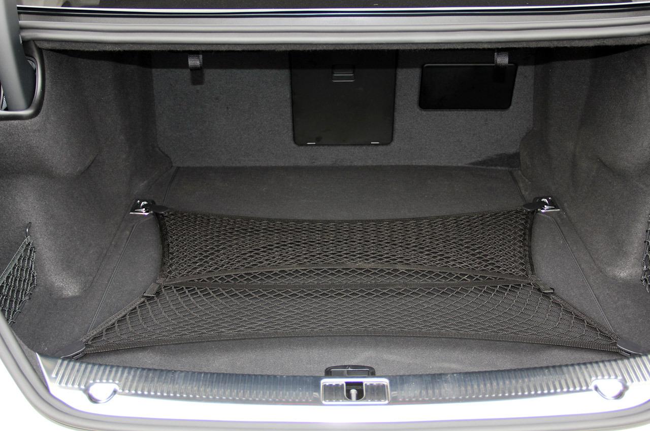 Ауді А8 фото багажник