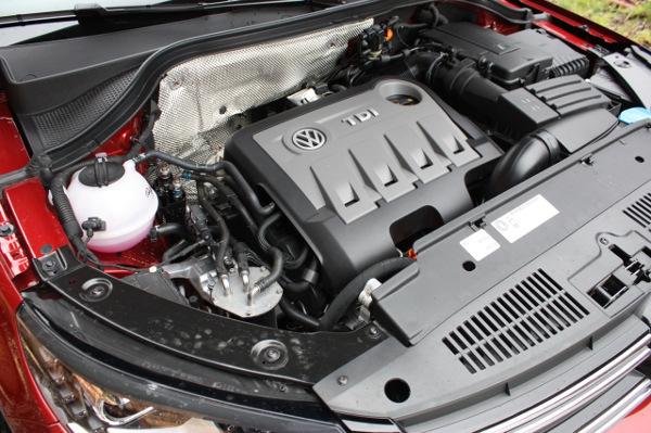Під-капотом-Volkswagen Tiguan-фото