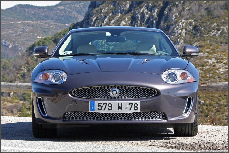 Jaguar XKR-фото-2011