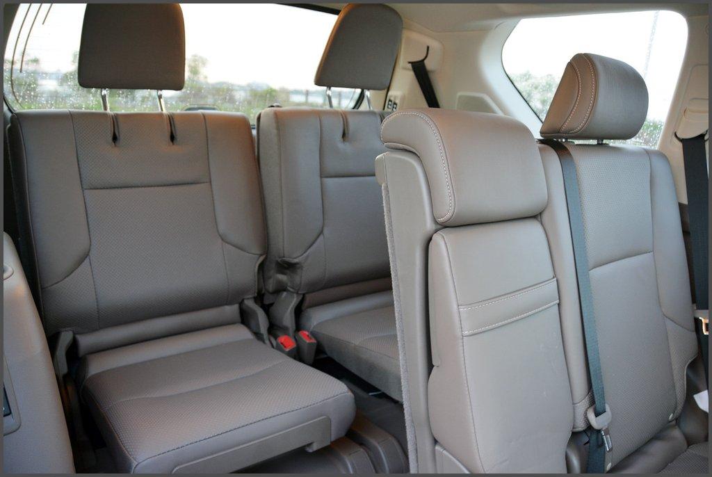 Задні сидіння Lexus GX 460 2014