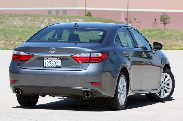 Lexus ES 2014 фото