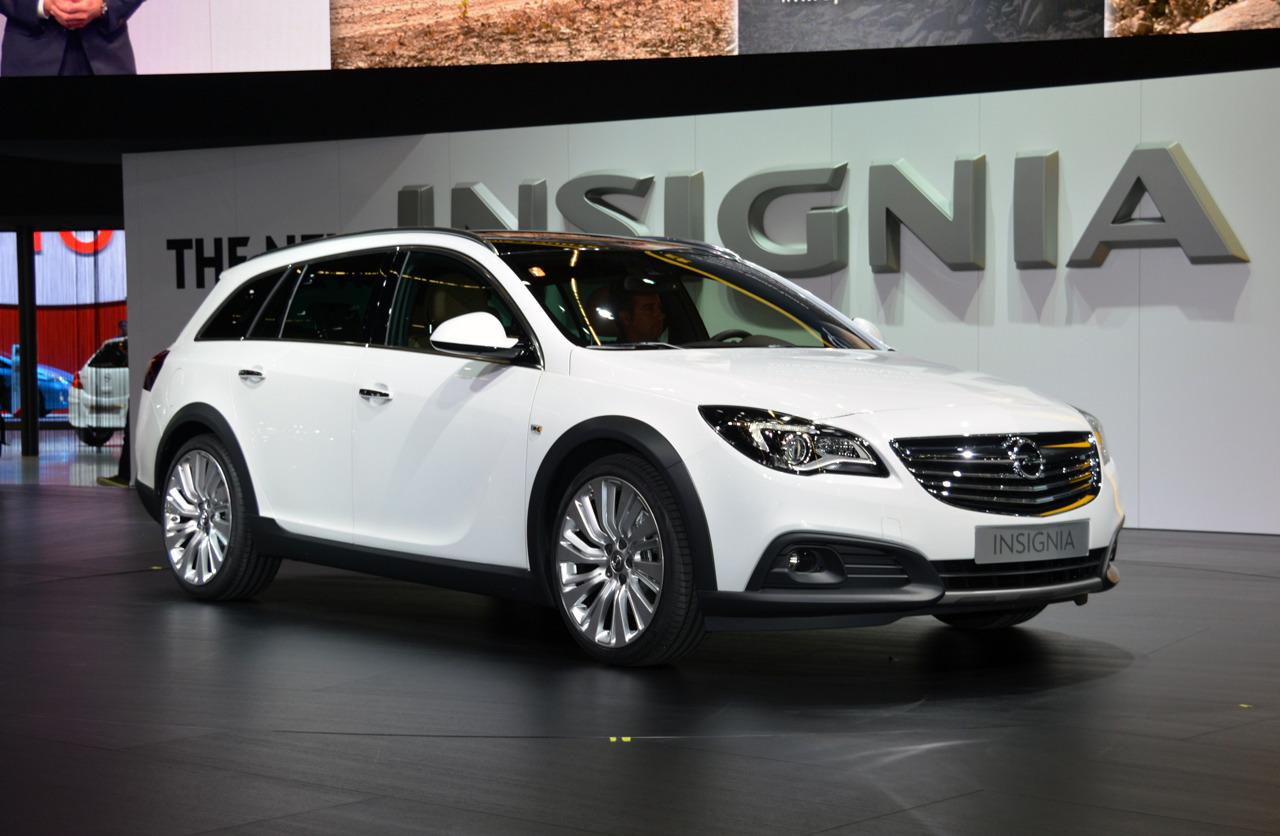 Opel Insignia Country Tourer тест-драйв