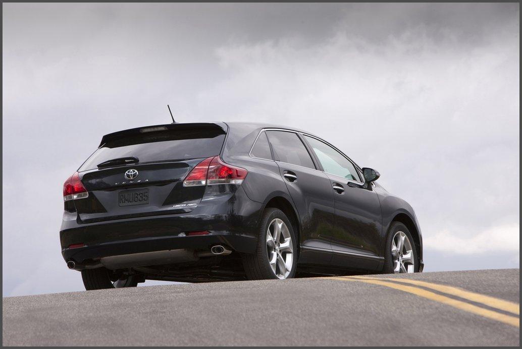 Toyota Venza фотографія