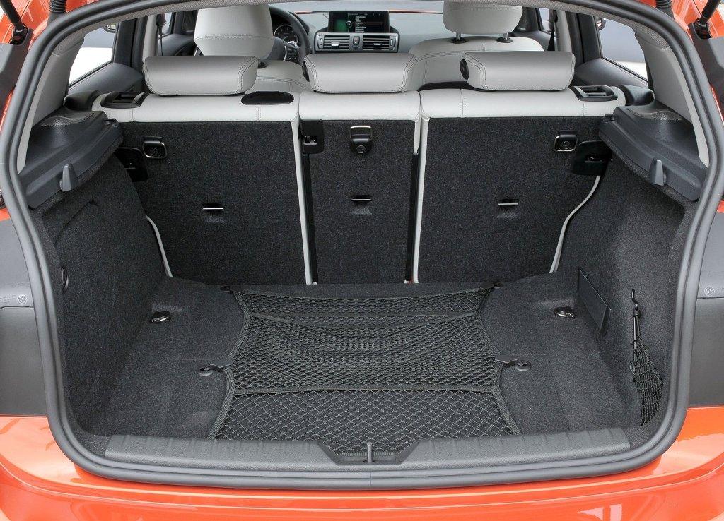 BMW 1 Series - багажник