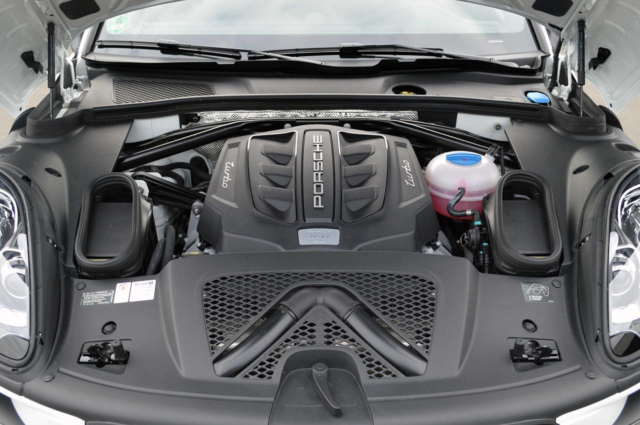 Porsche Macan - під капотом