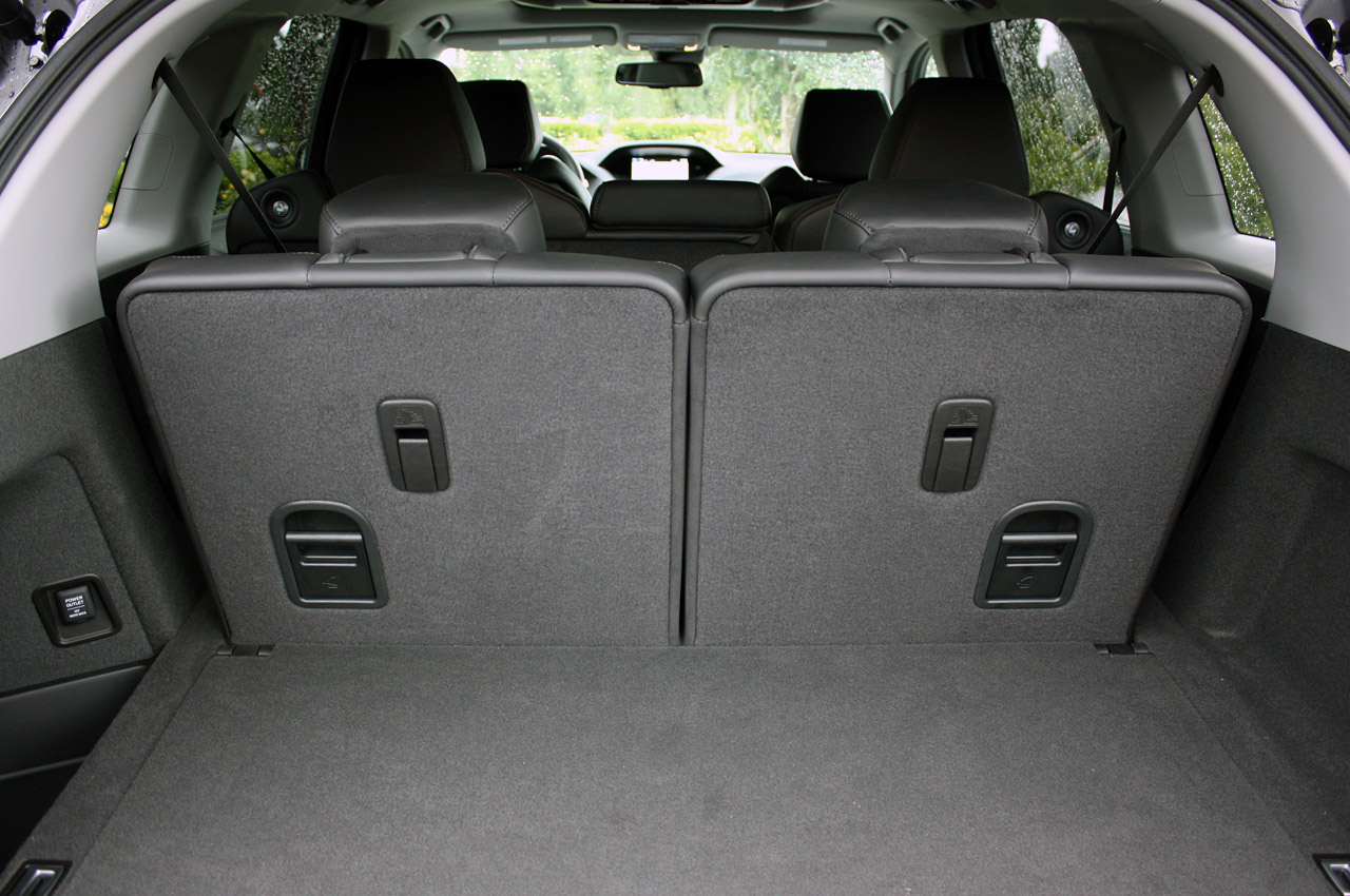 Фото Acura MDX 2014 багажник