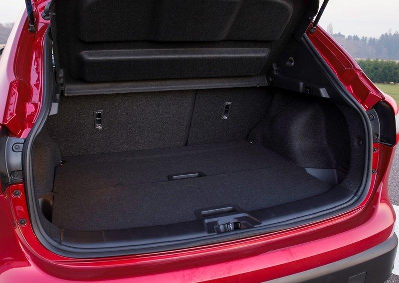 Фото Nissan Qashqai 2014 - багажник