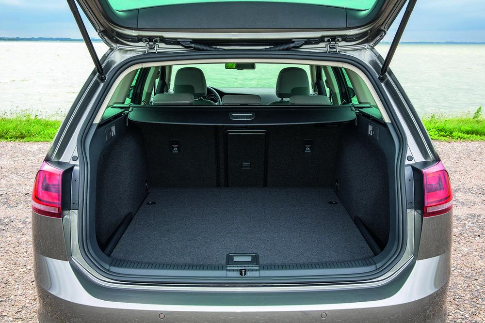 Volkswagen-Golf-Variant-багажник