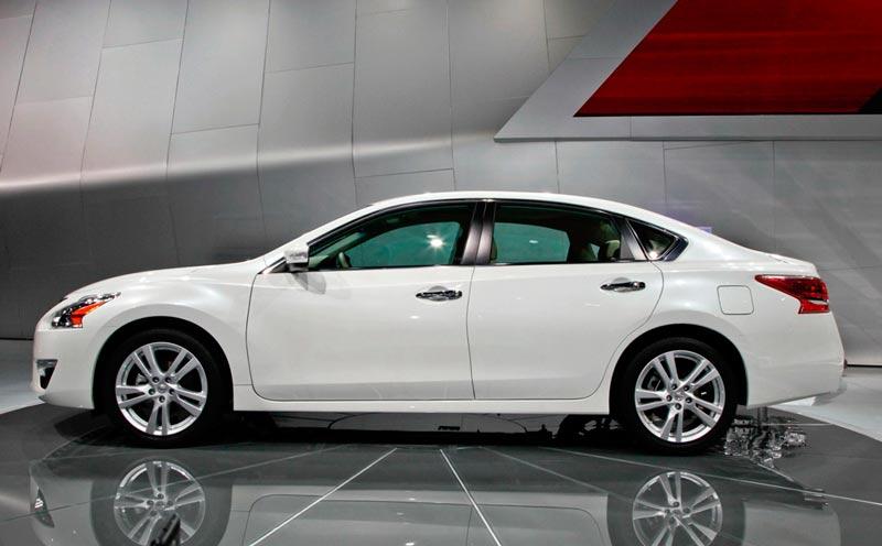 Новий Nissan Teana
