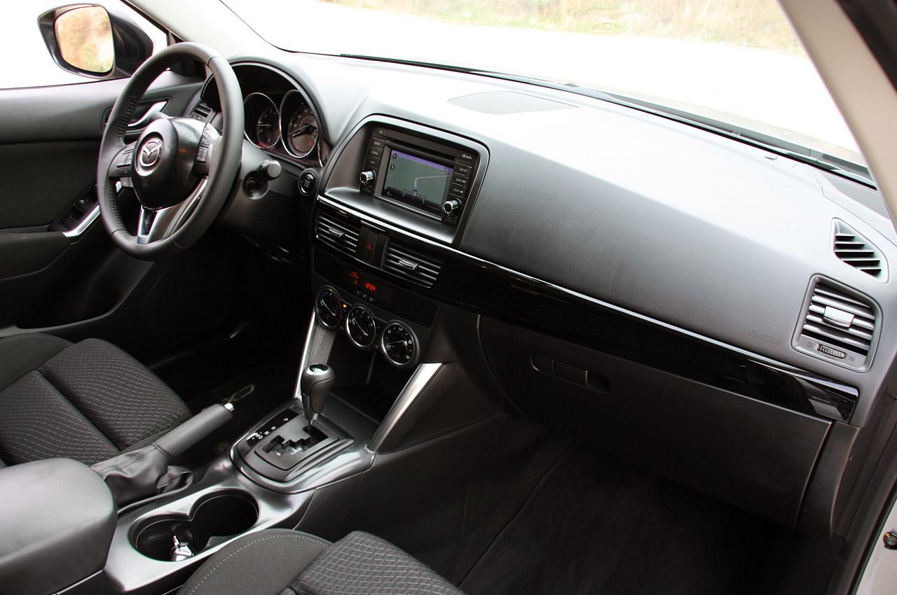 салон Mazda CX-5 фото