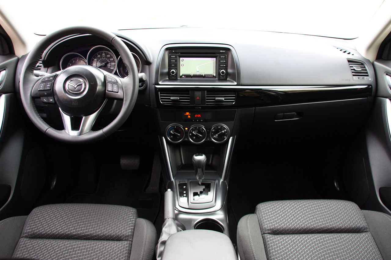 фото Mazda CX-5 салон