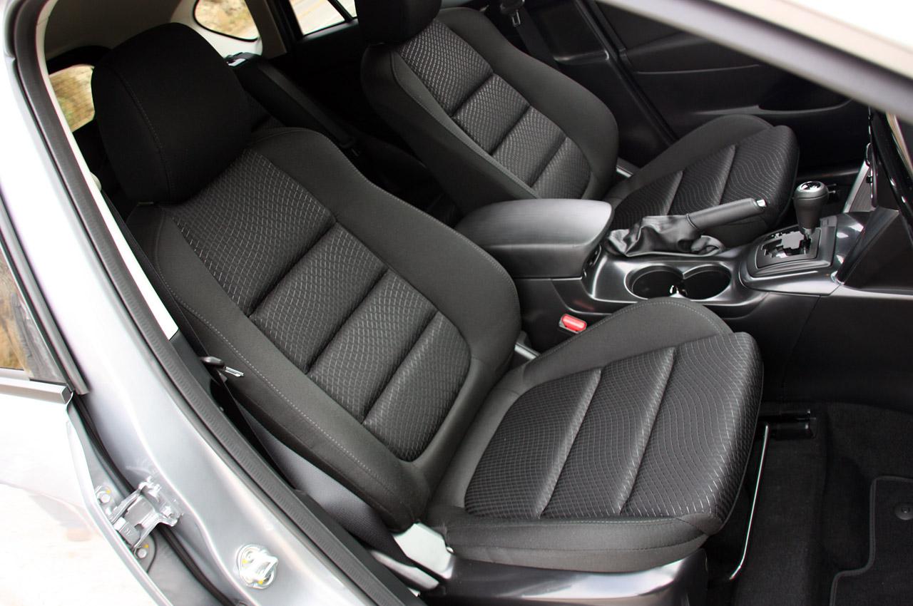 фото Mazda CX-5 сидіння