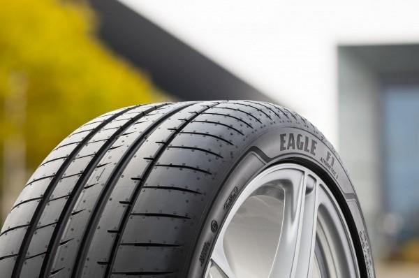 Новые летние шины Goodyear и Dunlop