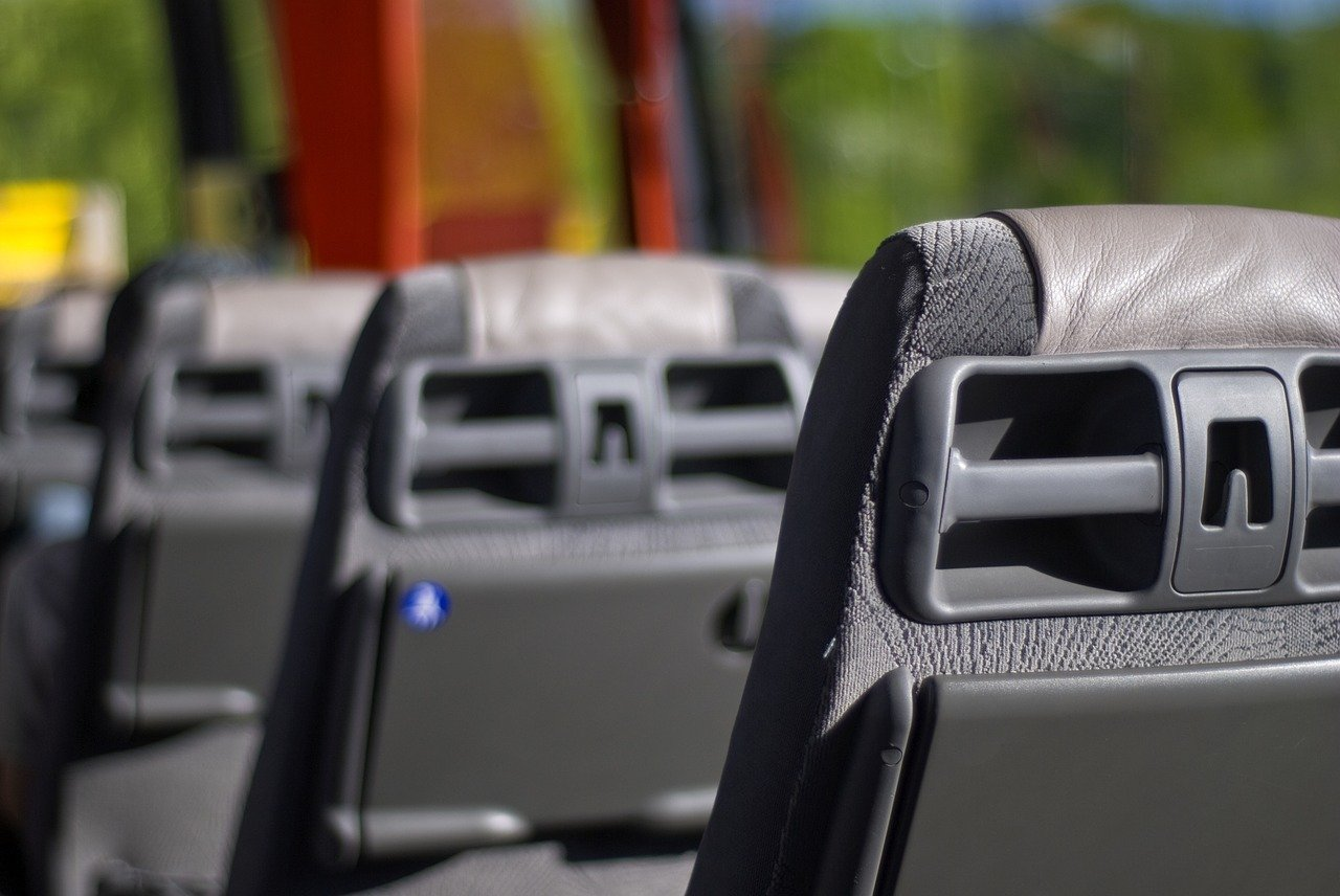 stoit-li-ekhat-v-avtobusnyy-tur-20.58-1